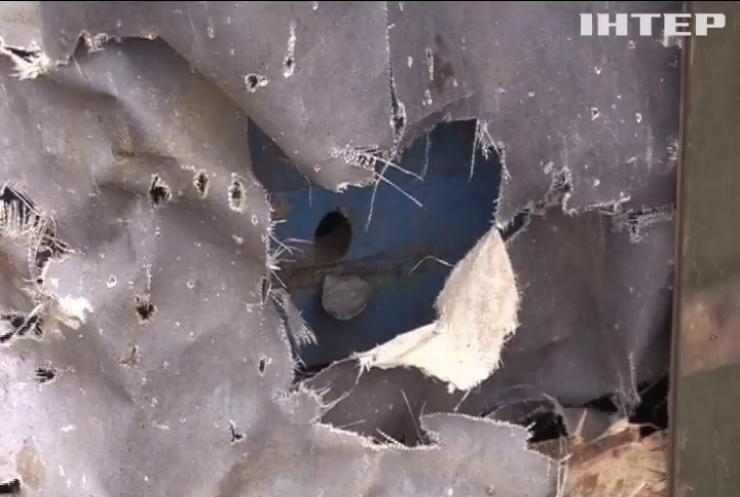 На Донбасі поранено двох українських військових