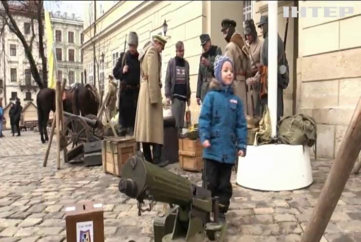 Володимир Зеленський вшанував пам'ять полеглих у бою під Крутами