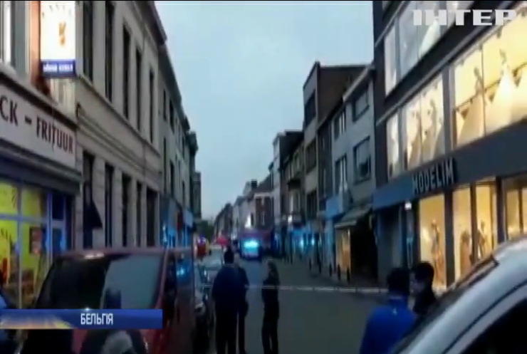 У Бельгії жінка накинулася з ножем на двох перехожих