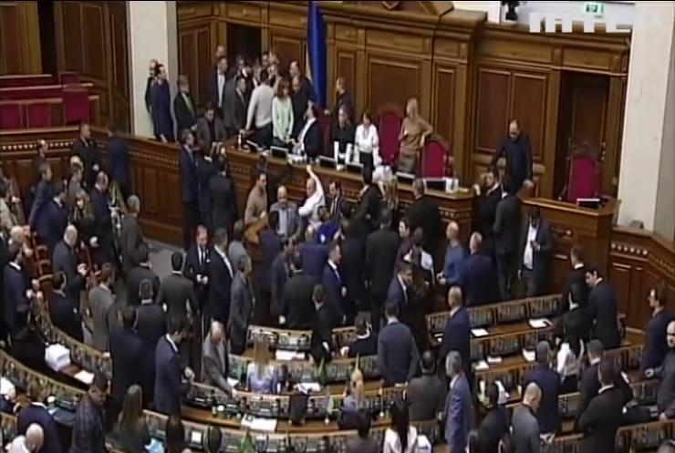 Парламент продовжив розгляд законопроекту про запровадження ринку землі