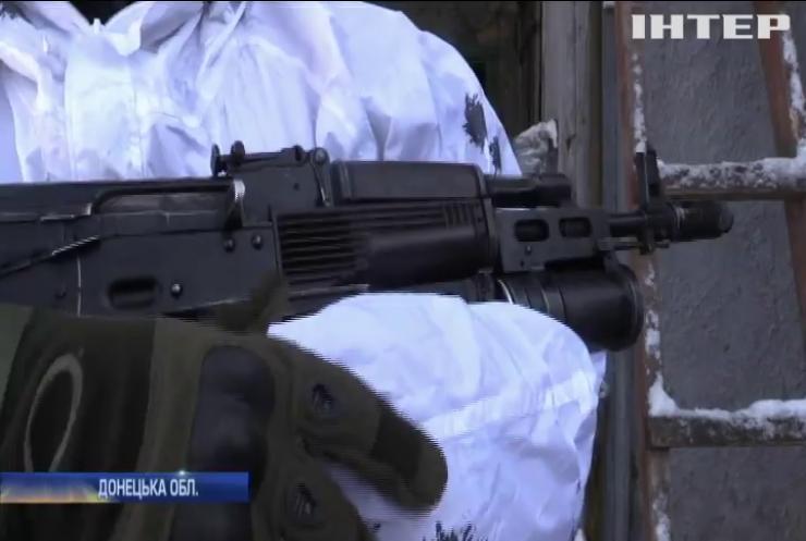 Українських військових на Донбасі обстрілюють із забороненої зброї