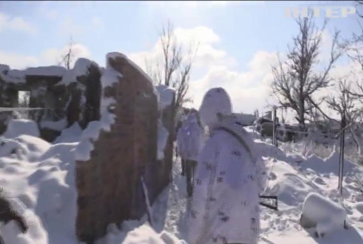 На Донбасі бойовики двічі відкрили вогонь