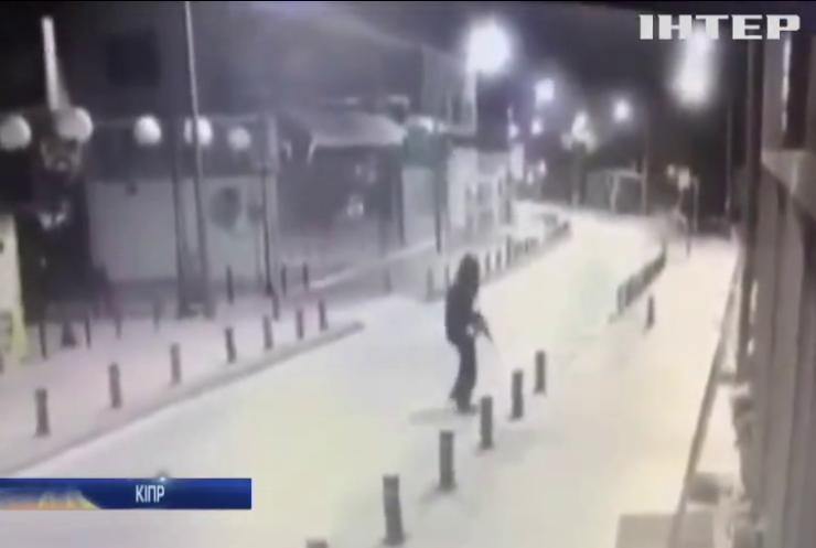 На Кіпрі чоловік з автомата розстріляв відвідувачів кафе