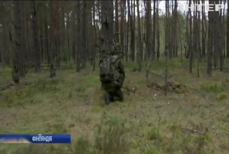 У Фінляндії хочуть повернути призов жінок до армії
