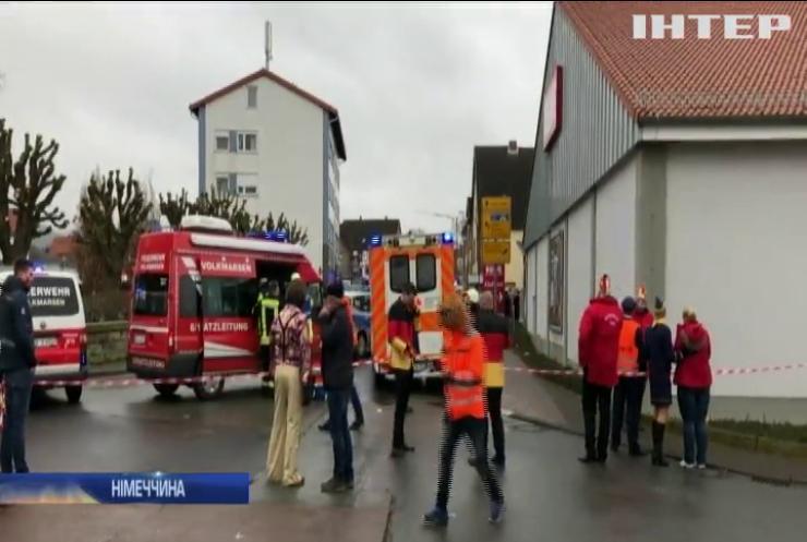 У Німеччині авто в'їхало у натовп: 15 людей постраждали