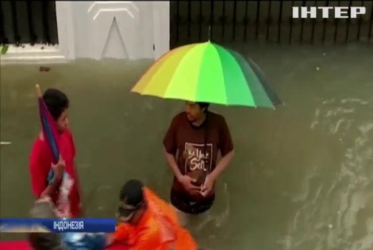 Столиця Індонезії пішла під воду