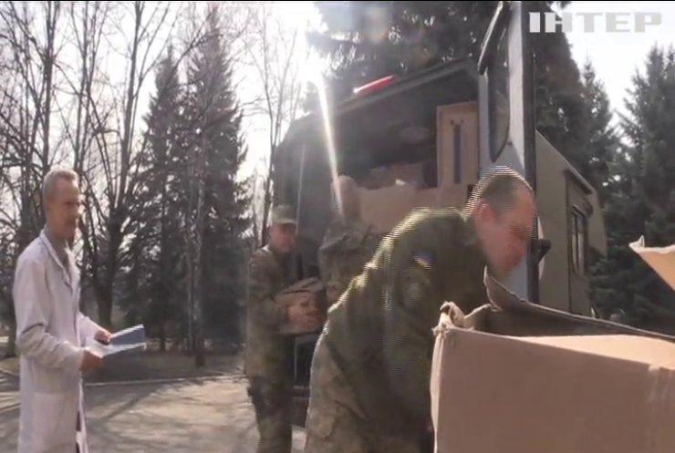 На пунктах пропуску на Донбасі посилюють карантинні заходи