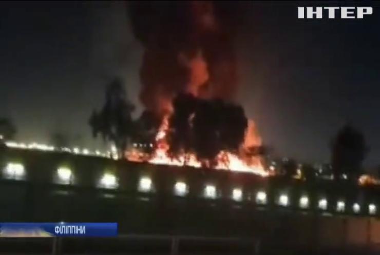 В аеропорту Маніли вибухнув літак із медиками