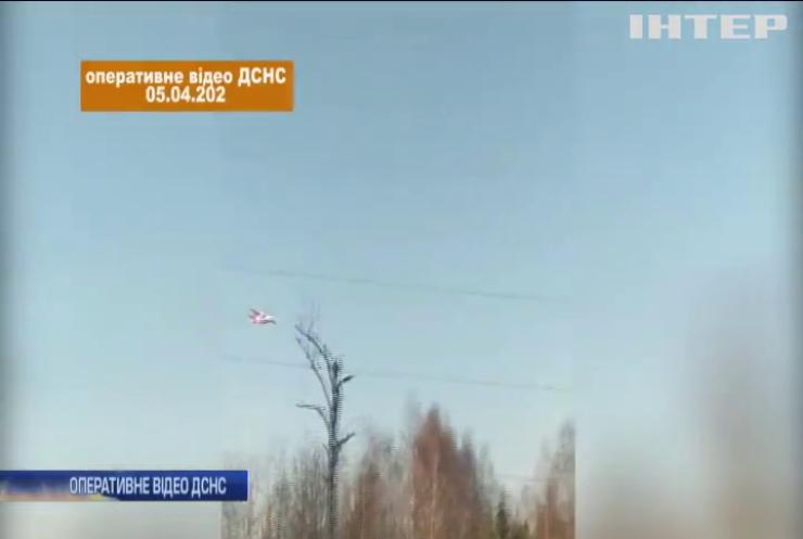 Пожежа у Зоні відчуження: вогонь гасять з літаків та гелікоптерів