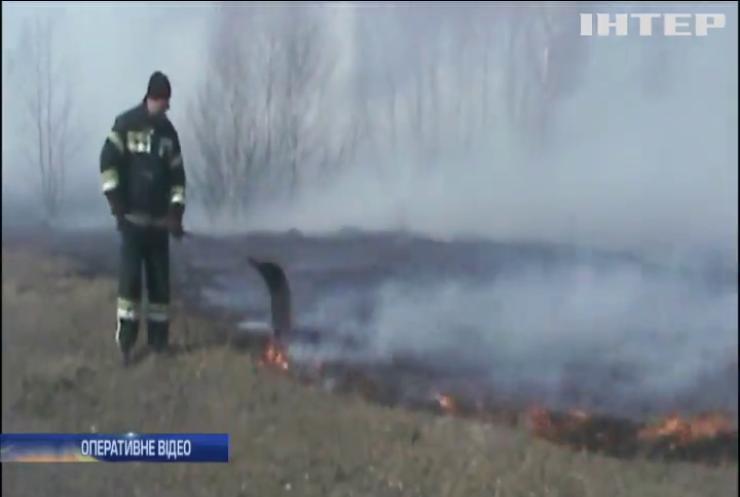 На Сумщині від пожежі врятували три села