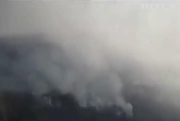 Масштабні пожежі: У Чорнобильській зоні евакуйовано жителів селища Поліське
