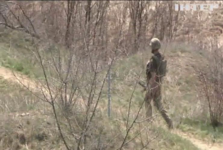 На Донбасі противник атакував із заборонених калібрів