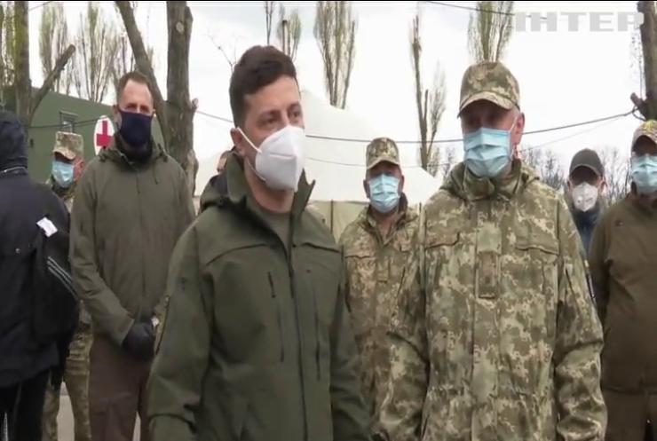 Володимир Зеленський відвідав польових медиків на лінії зіткнення