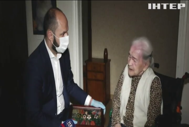 Допомога до Дня Перемоги: благодійний Фонд Віктора Медведчука та Оксани Марченко передав більше 200 тонн продуктів ветеранам