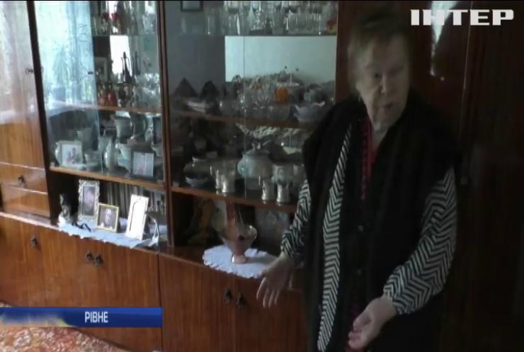 У Рівному пенсіонерку пограбували під виглядом перевірки на коронавірус