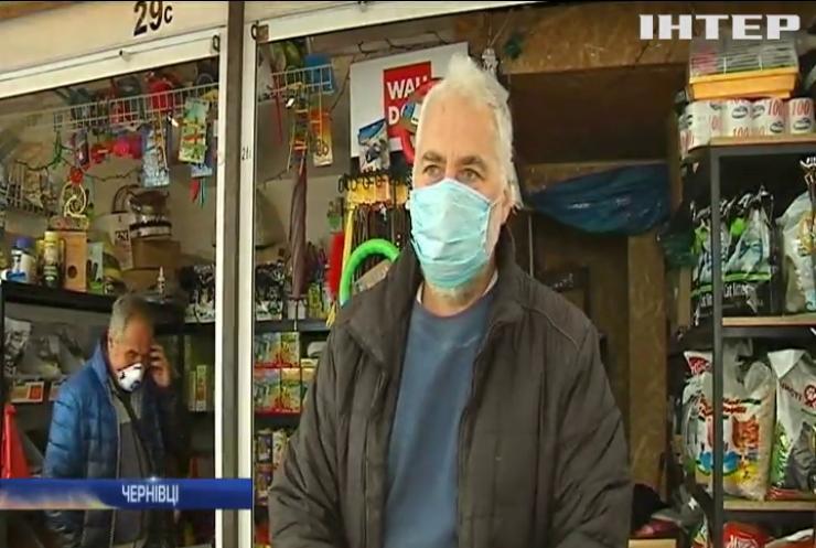 Адаптивний карантин у Чернівцях: відкрилися кав'ярні, а в лікарнях закінчуються місця