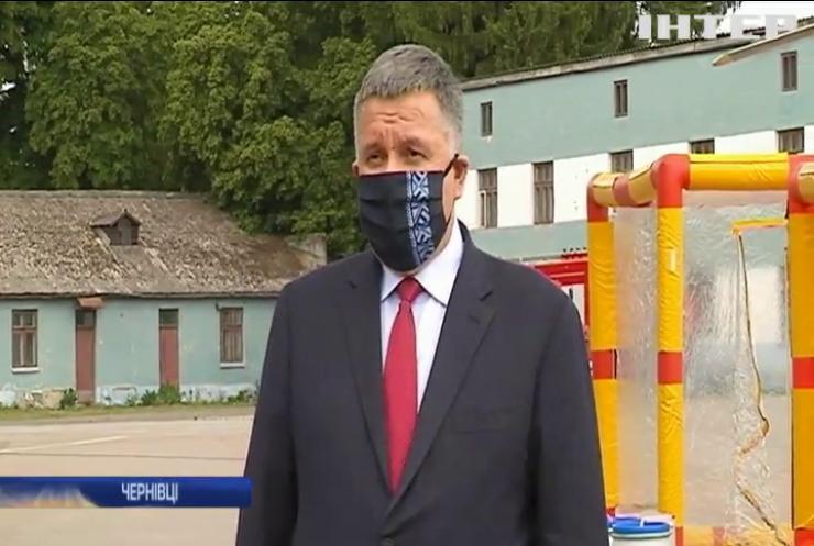 COVID-19 на Буковині: область проінспектували три міністри