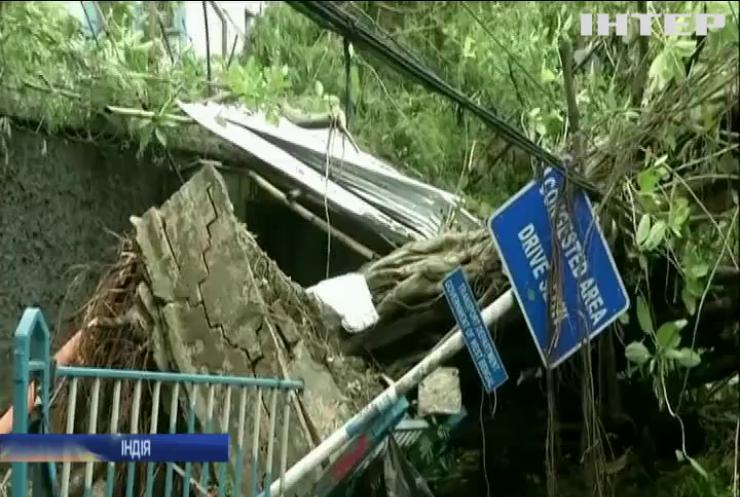 Десятки людей стали жертвами циклону в Індії та Бангладеш