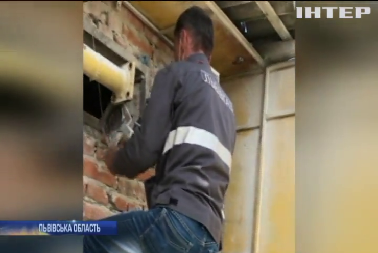 Зірвані пломби, демонтовані лічильники: на Львівщині викрили масштабне розкрадання природного газу