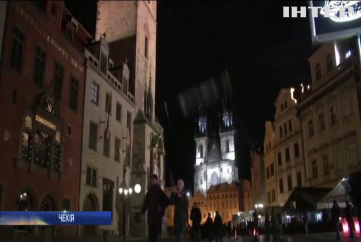 У Чехії скасували масковий режим