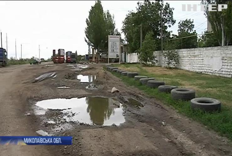 Нічні чергування: жителі Миколаївщини протестують проти ваговозів на дорогах