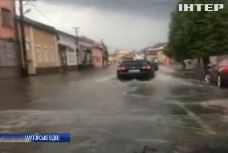 Мукачево затопило сильною зливою
