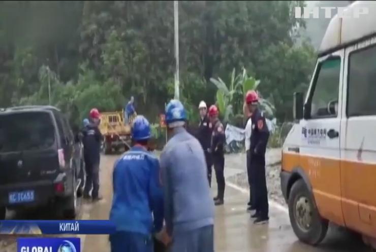 Масштабна повінь в Китаї: постраждали мільйони людей