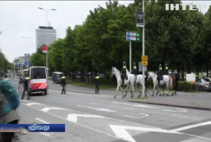 У Гаазі поліцейські побилися із противниками карантину