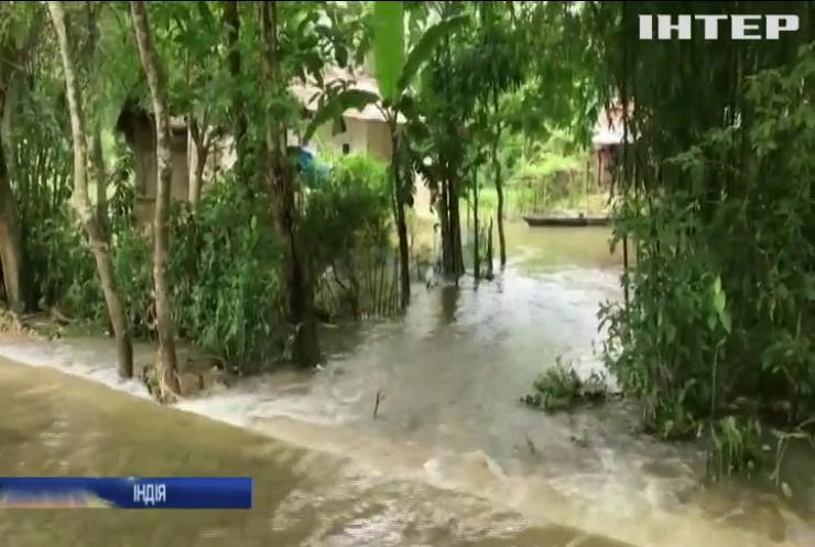 В Індії зливи та вітер зруйнували тисячі будинків