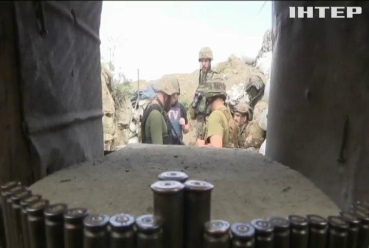 Атаки забороненою зброєю: бойовики обстрілюють територію Світлодарсської дуги
