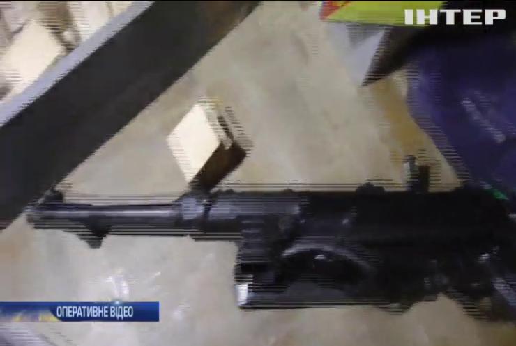 У Бердянську озброєний п'яний напав на дітей