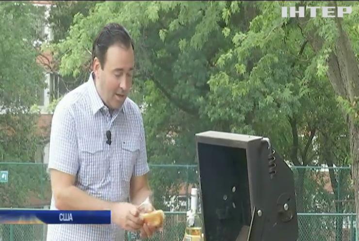 У США відсвяткували Національний день хот-дога