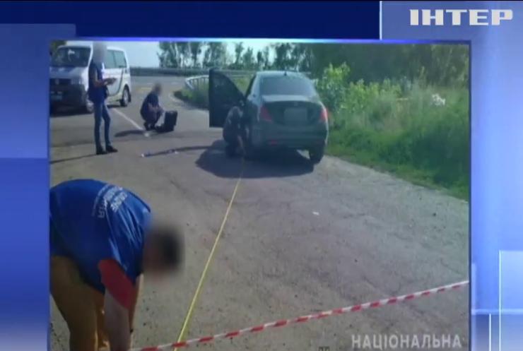 Ні дня без вбивства: на Полтавщині розстріляли авто з людиною