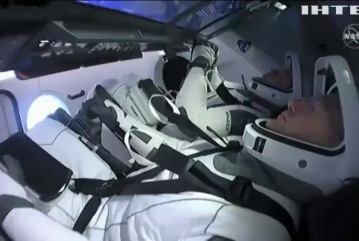 Crew Dragon з астронавтами повернули на Землю