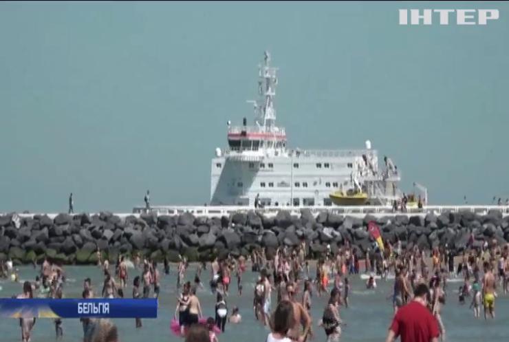 На пляж по QR-коду: як у Бельгії борються з епідемією коронавірусу