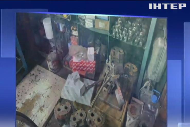 Українські військові торгували деталями від вертольотів