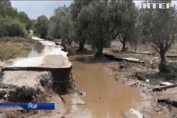 У Греції рекордні повені забрали життя п'яти людей