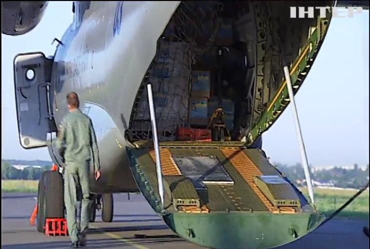 Україна відправила літак з гуманітарною допомогою до Лівану