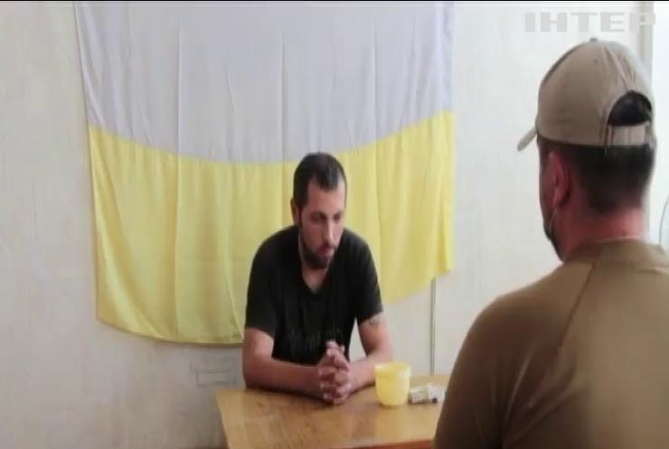 Біглий снайпер бойовиків розповів про загороджувальні загони на Донбасі