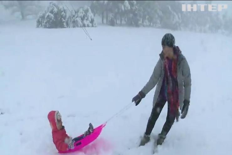 Австралію вкрив метровий шар снігу (відео)