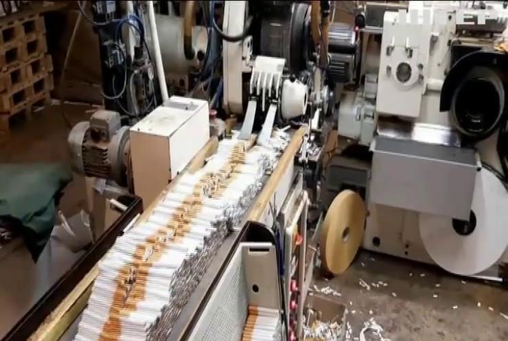 У Німеччині викрили підпільну тютюнову фабрику