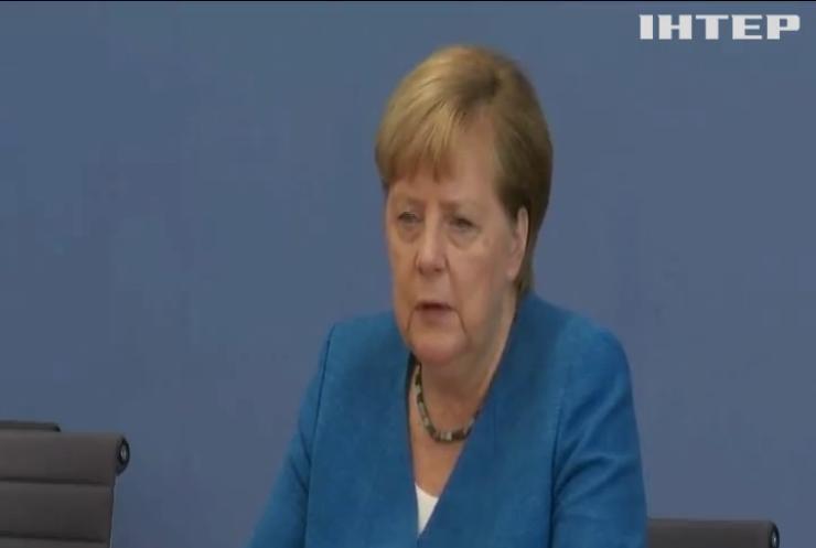 Ангела Меркель закликала Росію не втручатися у внутрішні справи Білорусі