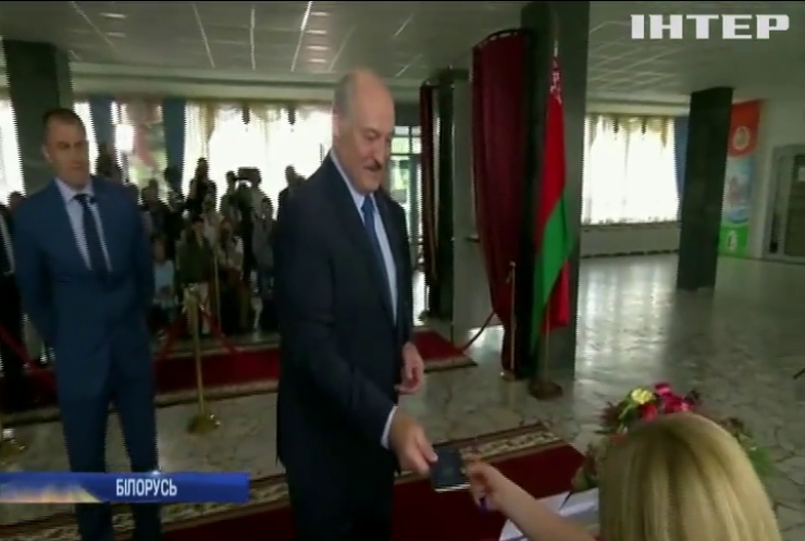 Країни Балтії запровадили санкції проти Олександра Лукашенка
