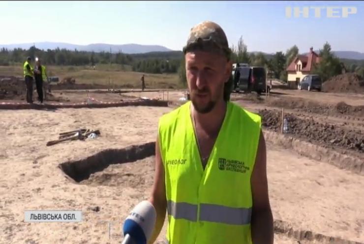 На Львівщині вчені відкопали стародавнє поселення