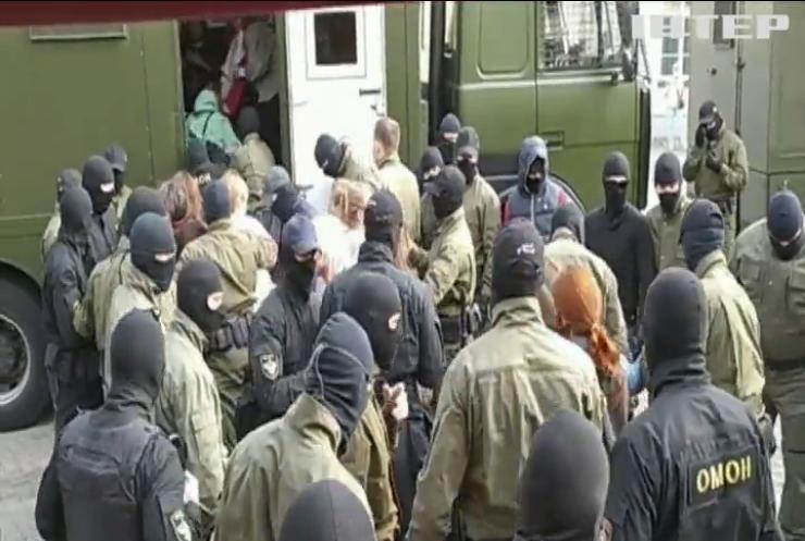 Опозиція Білорусі назве імена силовиків, які били і катували людей