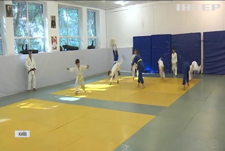 COVID спорту не завада: як тренуються майбутні чемпіони в умовах карантину