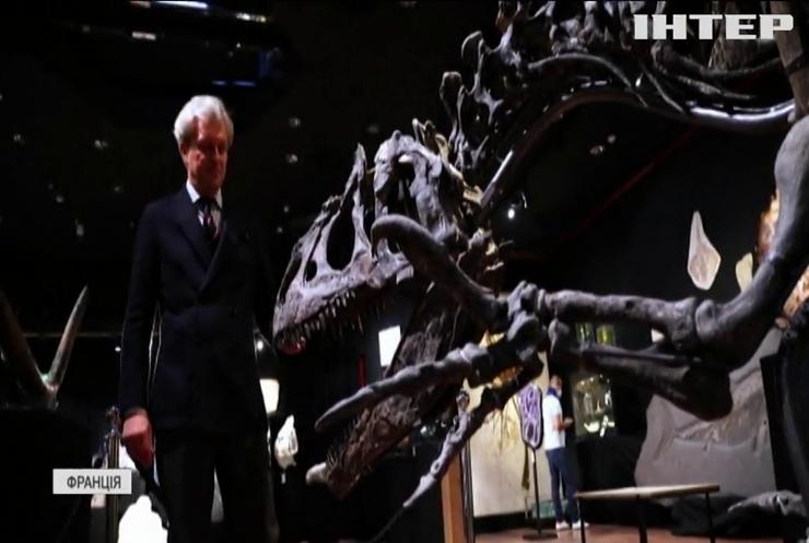 """""""Дідуся"""" тиранозавра пустять з молотка"""