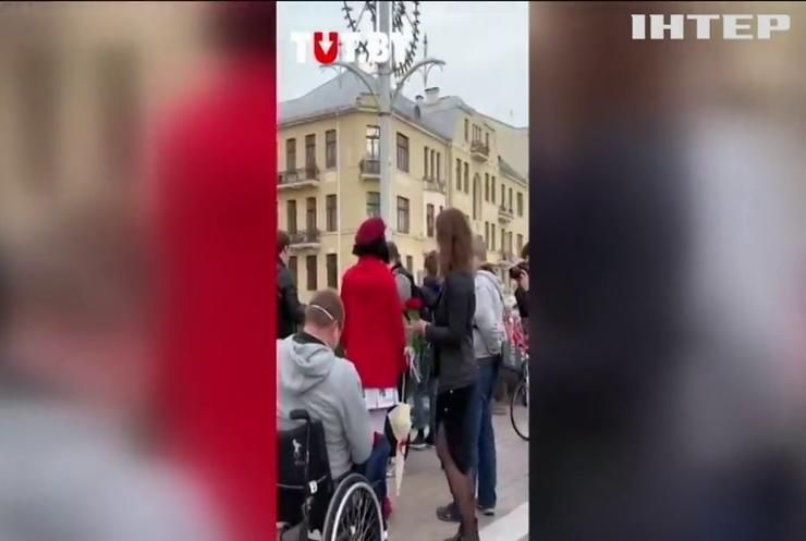У Мінську до маршу протесту доєдналися інваліди-колясочники