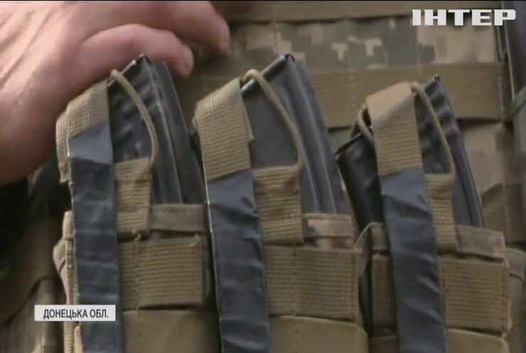 На Світлодарській дузі відновились потужні обстріли з боку бойовиків