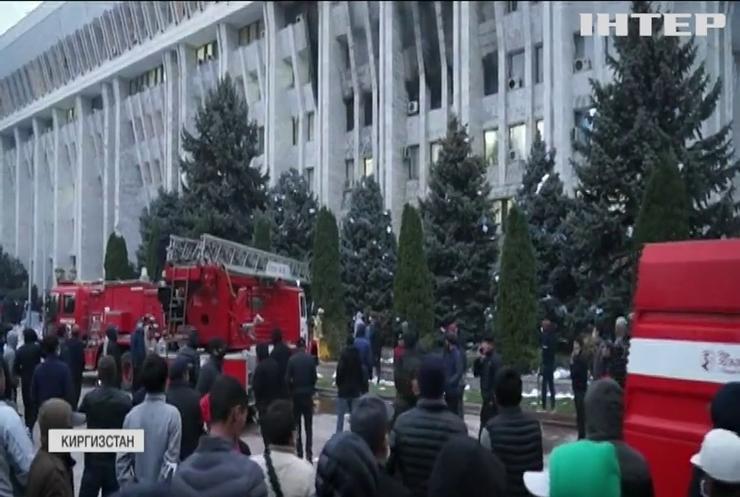 У Киргизстані ухвалили дату проведення повторних парламентських виборів